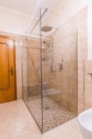 kabiny prysznicowe narożne