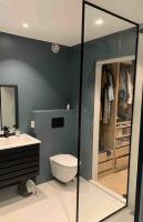 Montaż ścianek prysznicowych